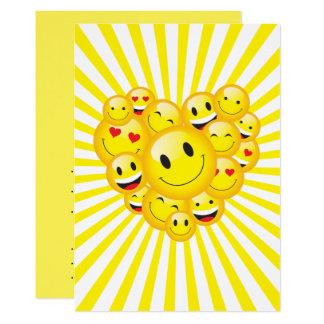 Partie heureuse jaune d'éloge de visages de carton d'invitation  12,7 cm x 17,78 cm