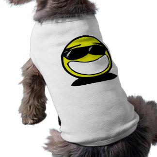 Parts de port de smiley très heureux manteaux pour chien