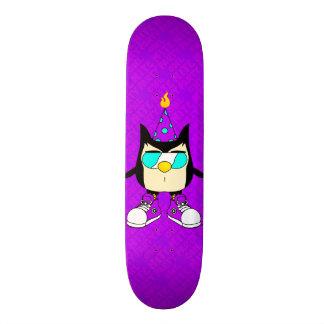 Party OWL Nite™ Brand Purple Skateboard