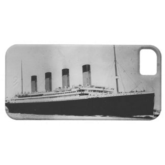 Passenger Liner Steamship RMS Titanic iPhone 5 Cover