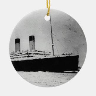 Passenger Liner Steamship RMS Titanic Round Ceramic Ornament