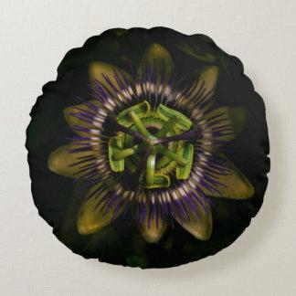 "passiflora 16""/40cm round round pillow"