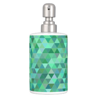 Pastel green triangles bath accessory sets