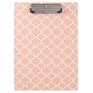Pastel Peach and White Quatrefoil Pattern Clipboard