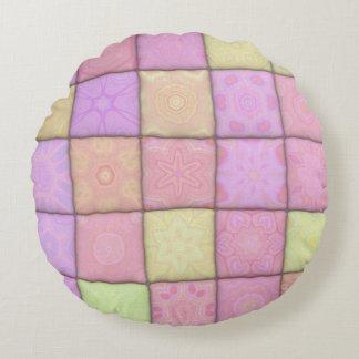 pastel quilt 1(I) Round Pillow