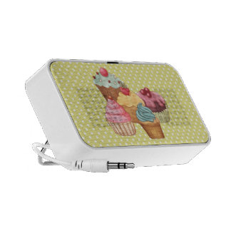 Pastries An Polkadots Doodle Mp3 Speaker