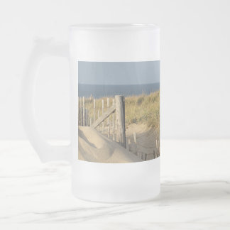 Path through the dunes to Race Point Beach Frosted Glass Beer Mug