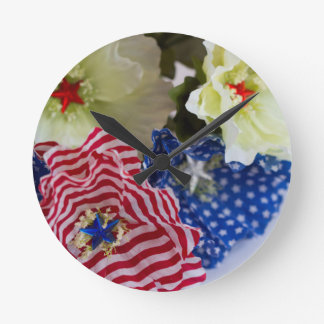Patriotic American Flag 4th of July Flower Bouquet Clock