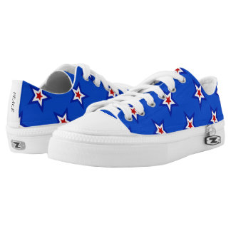 Patriotic Star Pattern on Blue Low Top Canvas Shoe