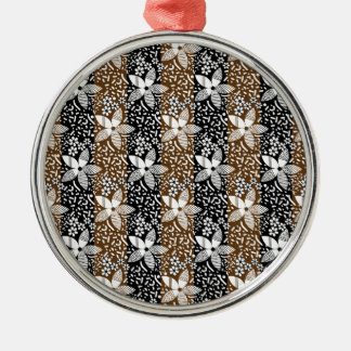 pattern 50 metal ornament