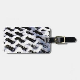 patterned walkway luggage tag