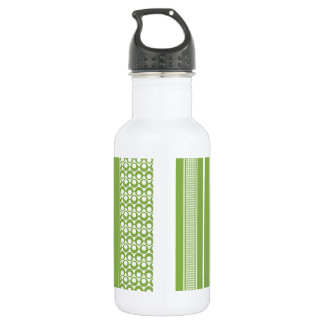 Patterns, Stripes & Circles: 2017 Pantone Greenery 532 Ml Water Bottle