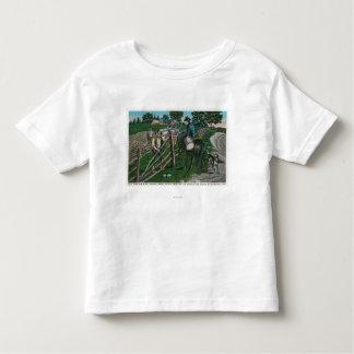 Paul Revere Informing Gen. Israel Putnam Toddler T-shirt