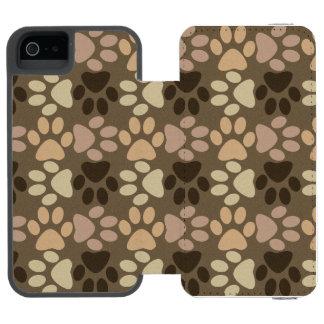 Paw Print Design Incipio Watson™ iPhone 5 Wallet Case