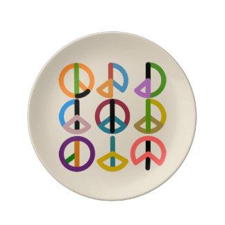 Peace Beat / 21.6 cm Decorative Porcelain Plate