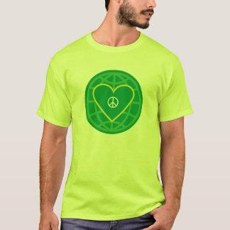 Peace & Love around the world. T-Shirt