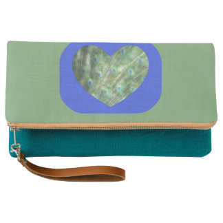Peacock Feathers Heart Clutch