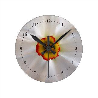pearl white narcissus round clock