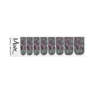 Peek Minx Nail Art