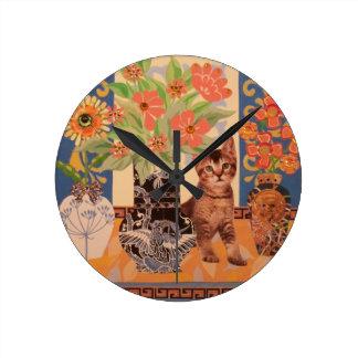 Peekaboo Kitten: Cute Kitty Clock
