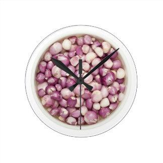 Peeled shallots round clock