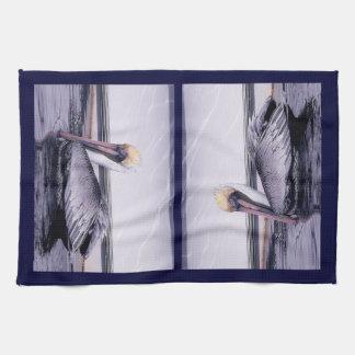Pelican Gliding Kitchen Towel
