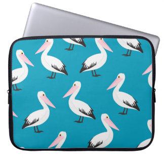 Pelican pattern laptop computer sleeve