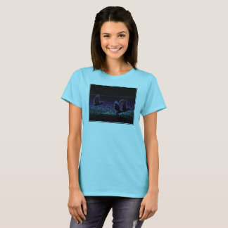 Pelicans on the beach - women's t-shirt