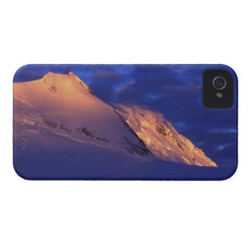 Peltier Channel, Antarctica: Sunlit Mountains Case-Mate Blackberry Case