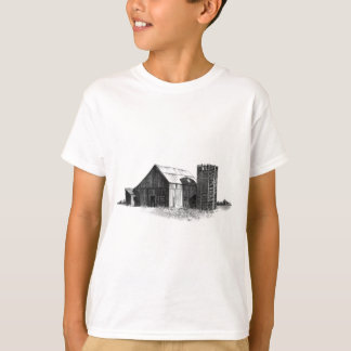 PENCIL DRAWING: OLD BARN, SILO: REALISM T-Shirt
