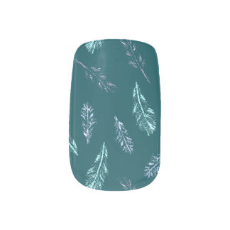 Pencil Feathers Nail Art
