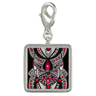 Pendentive square red and black tribal reason charm