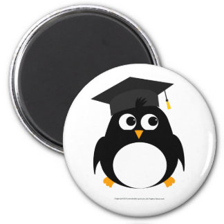 Penguin Graduation Design - Round Magnet