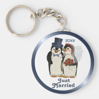 Penguin Wedding Bride and Groom Tie - Customize Basic Round Button Keychain