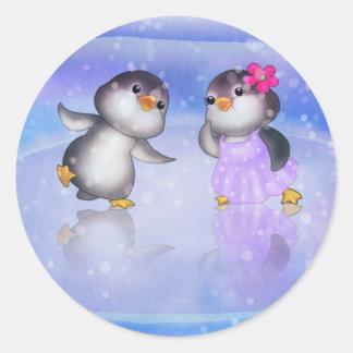 Penguins ! classic round sticker
