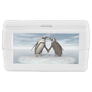 Penguins couple chest cooler
