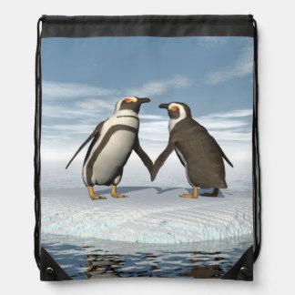 Penguins couple drawstring bag