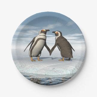 Penguins couple paper plate