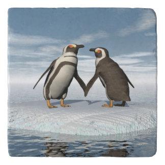 Penguins couple trivet
