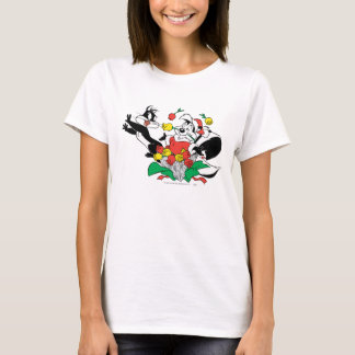 Pepe and Penelope Christmas Gift T-Shirt
