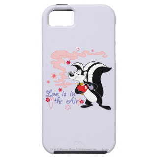 Pepe Le Pew Love is in the Air iPhone 5 Cover