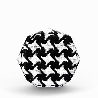 Pepita black and white