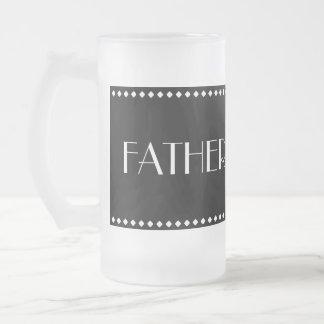 Père de tasse givrée par jeune mariée