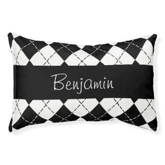 Personalized Black and White Argyle Pet Bed