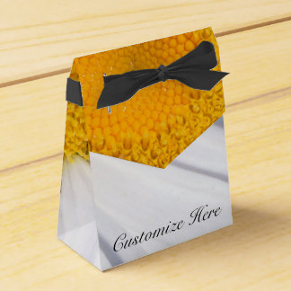 Personalized Daisy Flower Tent Favor Box