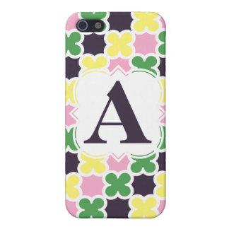 Personalized Monogram Retro Quatrefoil Pattern iPhone 5 Case