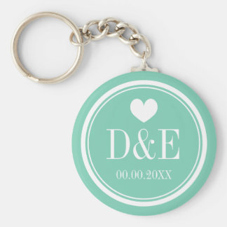 Personalized monogram wedding party favor keychain