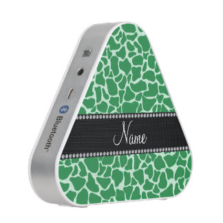Personalized name green giraffe pattern speaker