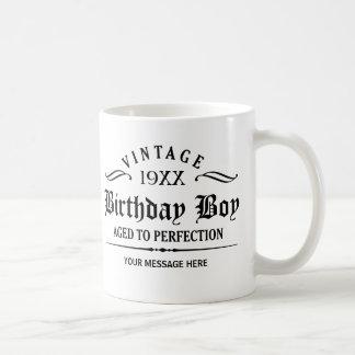 Personnalisez l'anniversaire drôle mug blanc