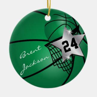 Personnalisez le basket-ball vert-foncé de joueur décorations de noël